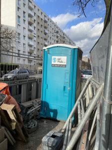 Nos WC autonomes en plein chantier !